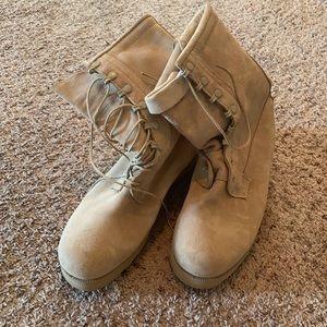 Goretex Vibram Military desert boots